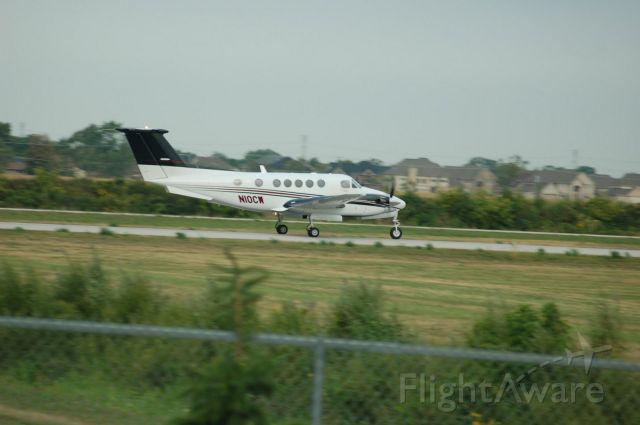 Beechcraft Super King Air 200 (N10CW)