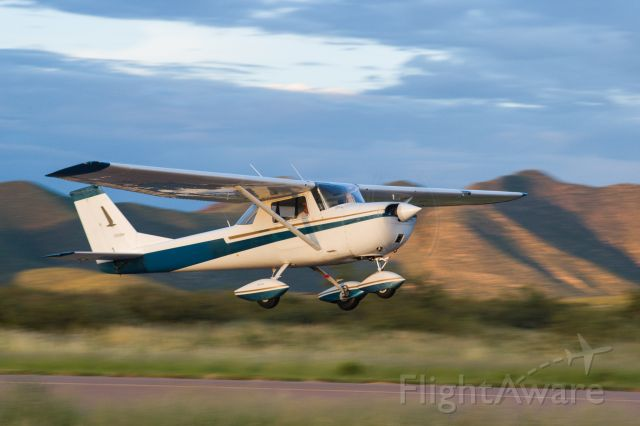 Cessna Commuter (N300YW) - MSK second solo - P08