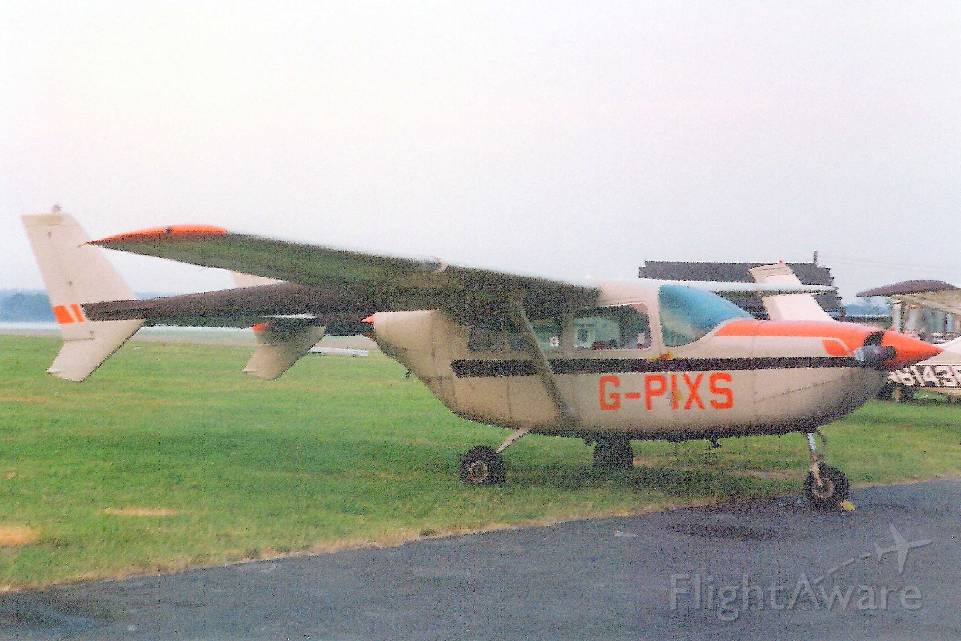 Cessna 336 Skymaster (G-PIXS) - Seen here in Jun-89.<br /><br />Registration cancelled 2-Jun-07 by CAA.