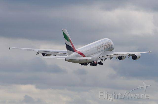 Airbus A380-800 (A6-EDD)
