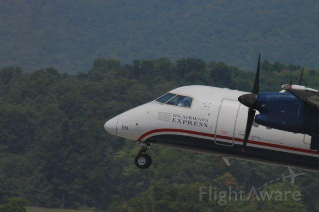 de Havilland Dash 8-100 (N839EX)