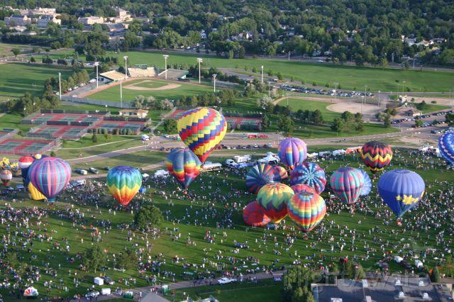 — — - Colorado Springs Balloon Festival 2006 (away from airport)
