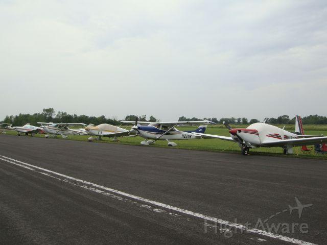 Cessna Skylane (N22NW) - Parking at FLD (Oshkosh week)