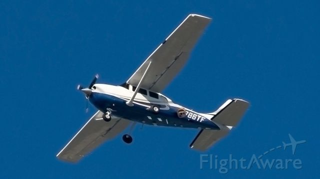 Cessna 206 Stationair (N786TF) - AMERICAN CORPORATE EXECUTIVE SERVICES - N786TF - I thought it was law enforcement going round and round over Pompano Beach 11-19-2019 at Copans Rd and Dixie Hwy but I guess it is a local private company doing some pics or mapping with that big camera thing (which obscured the tail number enough it took a while to find online...)It was pretty high. Maybe 1500ft. This was 600mm handheld on crop sensor XSI Canon Rebel. I'd love to hear about the camera on it if anyone knows about them.