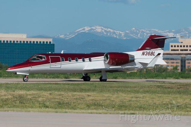 Learjet 31 (N36BL)
