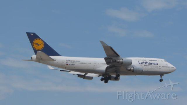 Boeing 747-400 (D-ABVD) - A Lufthansa B747-400 while landing.