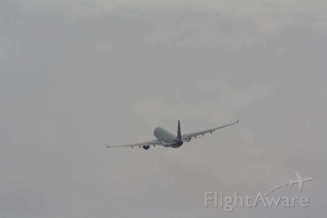 Airbus A330-300 (A7-ACK)
