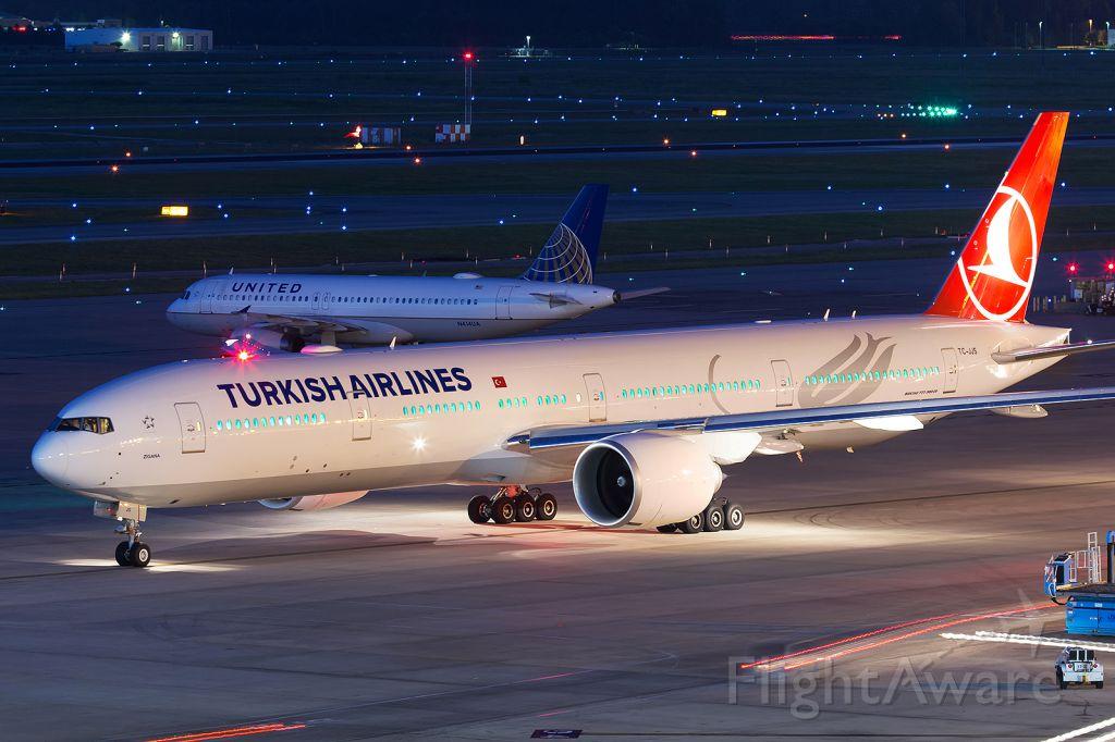 BOEING 777-300ER (TC-JJS) - Variable colored LED cabin lighting in full swing. Departing back to Istanbul Atatürk as THY34.