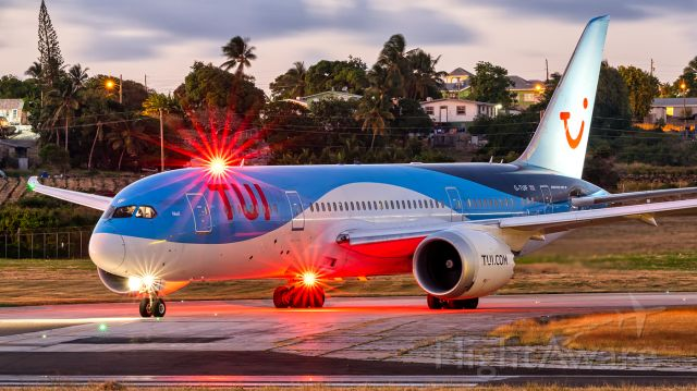 Boeing 787-8 (G-TUIF) - TOM #835 holding short before departing to Manchester.