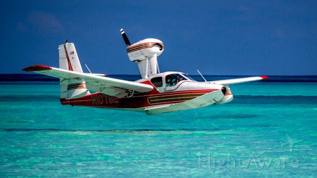 LAKE LA-200 (N1079L) - Gillam Bay, Green Turtle Cay, Bahamas. March 18 2018