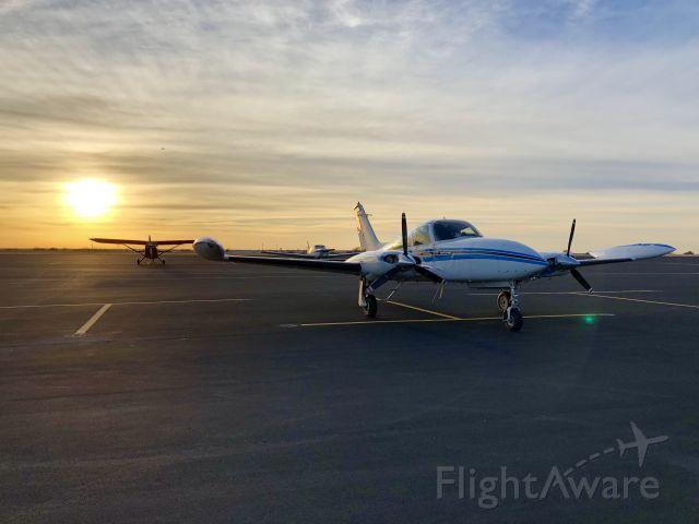 Cessna 310 (N5083J)