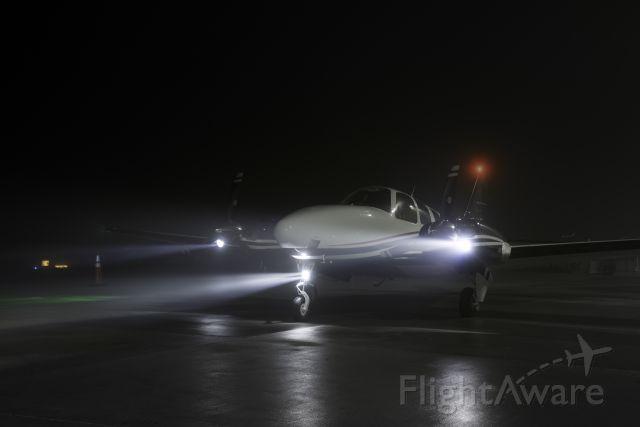 Beechcraft Baron (58) (N58HG)