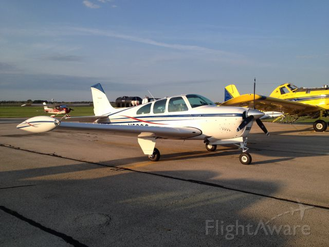 N930Q — - A quick dinner at The Flight Deck in Rochelle, Illinois.  A good destination for a $100 hamburger.