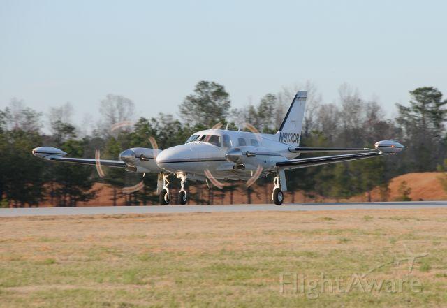 Piper Cheyenne (N913CR) - Piper Cheyenne Takeoff