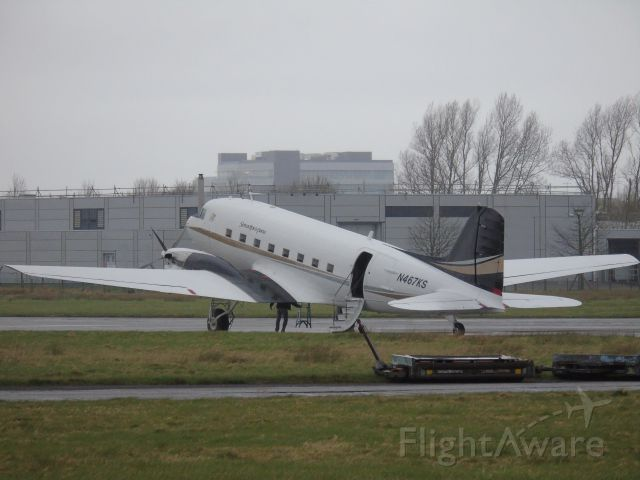 Douglas DC-3 (N467KS) - N467KS DOUGLAS DC3 CN 20175 After arriving in shannon 01/04/15 from CYYT AND KCAK for overnight stop and then onto malta 02/04/015