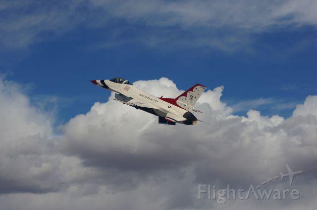 — — - USAF Thunder Bird F-16