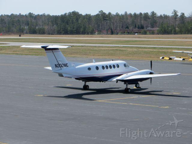 Beechcraft Super King Air 200 (N300WC) - A very nice King Air sitting on the tarmac!