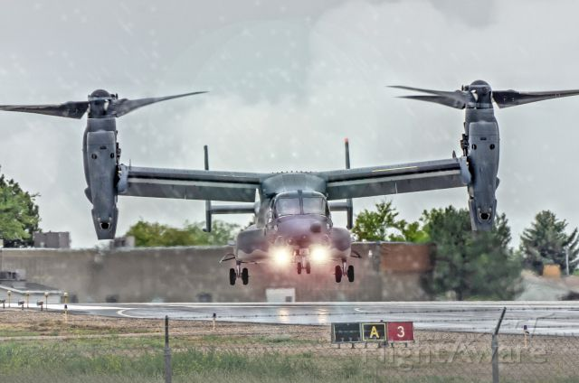 Bell V-22 Osprey — - Touching down on runway 3.
