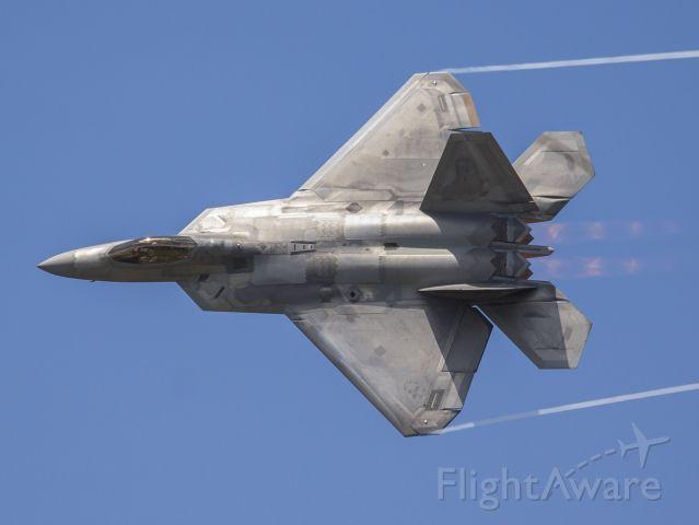 Lockheed F-22 Raptor — - F-22 at the Dayton Airshow.