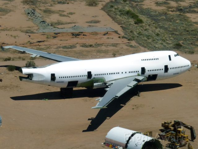 BOEING 747SP (N4508H) - Apr. 19, 2009 - Cannibalized of all useful parts, this 747SP is not long for this world.