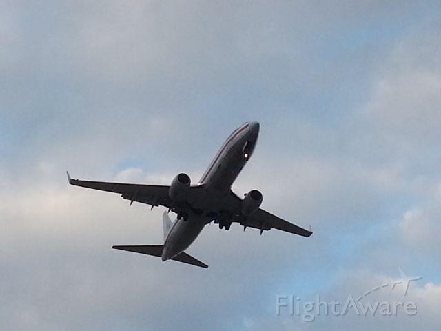 Boeing 737-800 (N924AN)