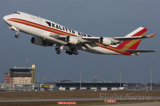 N744CK — - RWY 26L, old tower in the background...