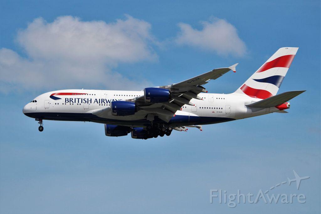 Airbus A380-800 (G-XLEK)