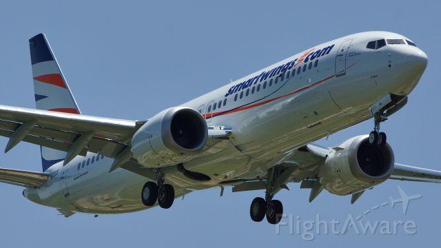 Boeing 737 MAX 8 (OK-SWL) - BOE392 on approach runway 34