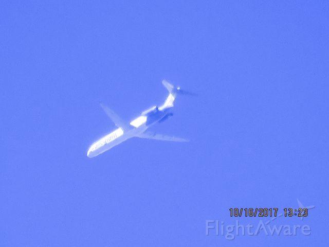 McDonnell Douglas MD-88 (N404NV)