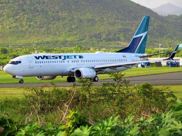 Boeing 737-800 (C-GKWJ)