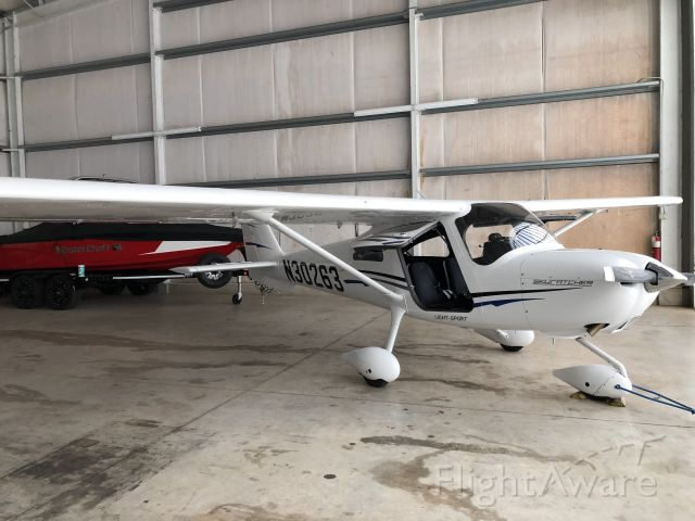 Cessna Skycatcher (N30263) - After a fresh detail and ceramic coating.