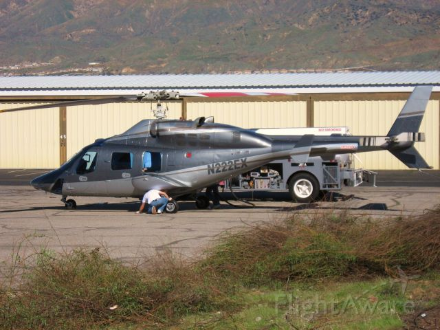 Bell 222 (N222EX) - At Redlands Muni