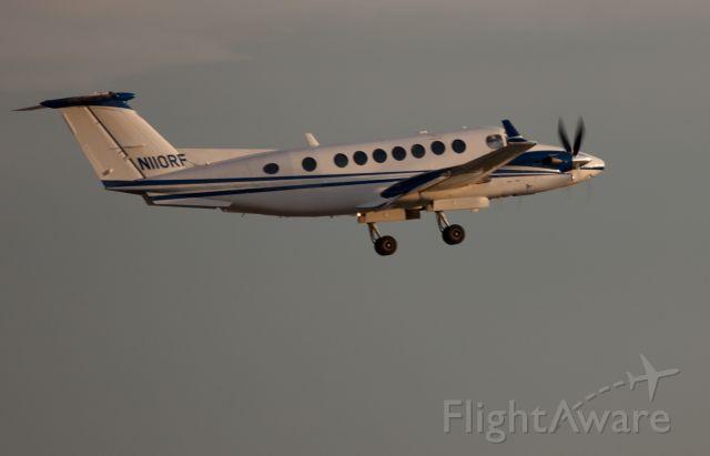 Beechcraft Super King Air 300 (N110RF) - Take off RW10.