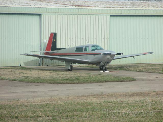 Mooney M-20 (N4672H) - N4672H(1979 Mooney) sits outside its` hangar at Joplin Reg. on 22 MAR 2015.
