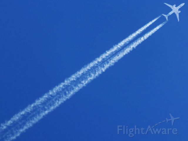 Boeing 787-9 Dreamliner (CC-BGL) - CC-BGL | B-789 | LAN750 | SCL>GRU <br />VERTICAL DE CASCAVEL 07.07.2017 - 11:17<br />FL390- 513KT<br />CAMERA OLYMPUS SP-810UZ ZOOM DE 36X