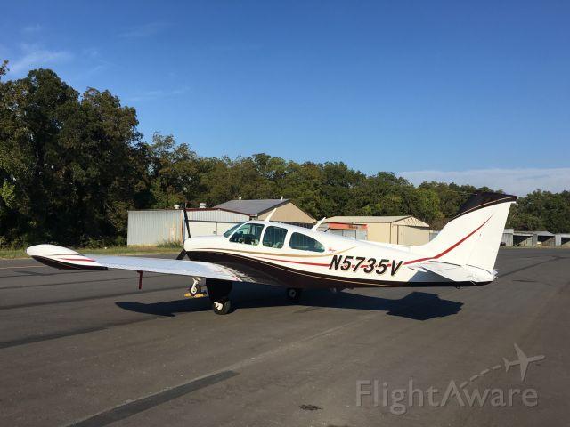 Beechcraft Bonanza (33) (N5735V)