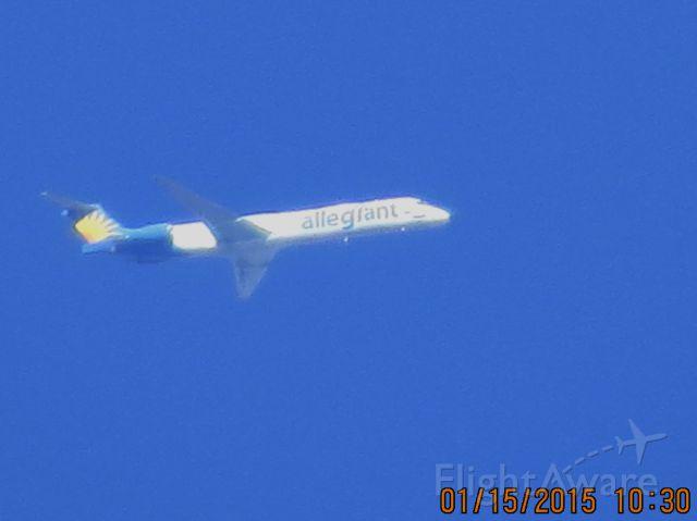 McDonnell Douglas MD-83 (N883GA) - Allegiant Air flight 116 from Phoenix/Mesa Arizona to Springfield Missouri at 25,000 feet.