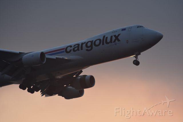 BOEING 747-8 (LX-VCG) - Early morning arrival, Cargolux, RWY 20R, Changi, Singapore. 8 Sep 2019.