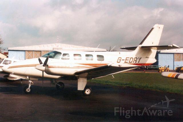 Cessna T303 Crusader (G-EDRY) - Seen here in Apr-89.<br /><br />Reregistered G-UILT 3-Jul-00.