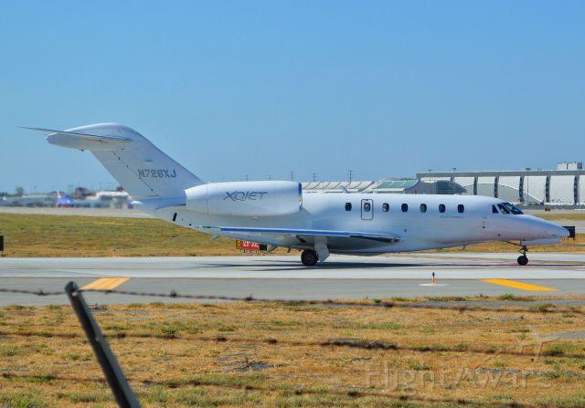 Cessna Citation X (N726XJ) - Spotting taxiing aircraft with my friends at KSJC.