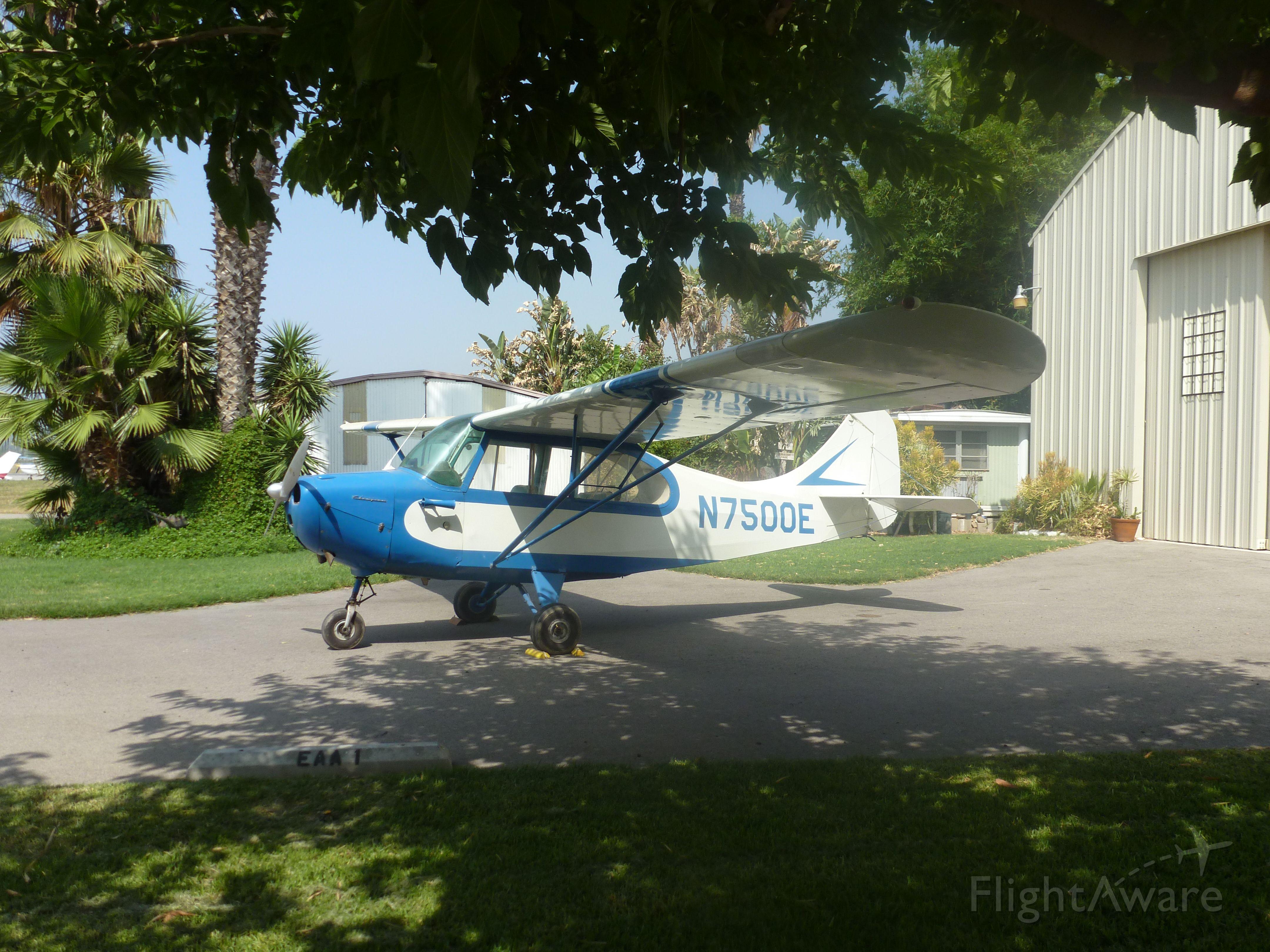 Cessna Skyhawk (N7500E)