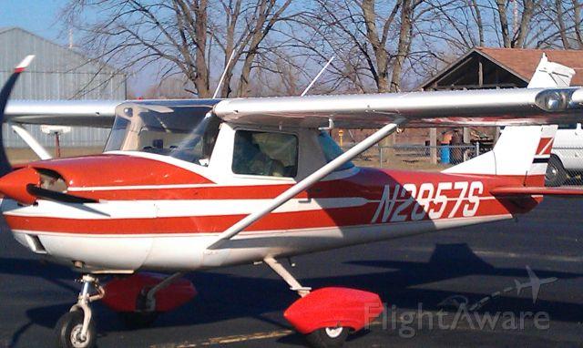 Cessna Skyhawk (N2857S)