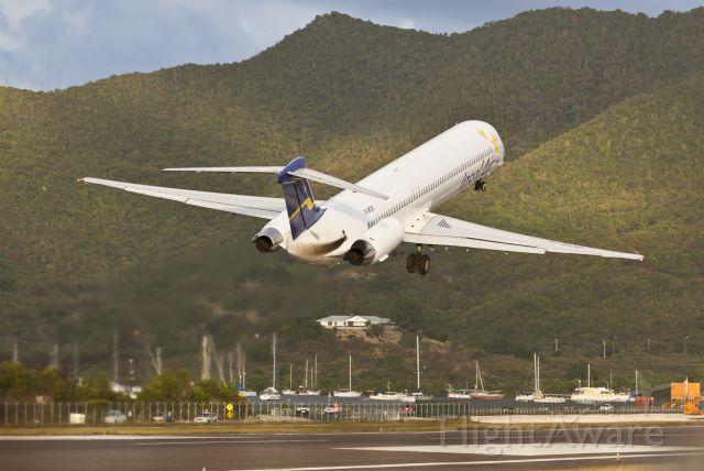 McDonnell Douglas MD-83 (PJ-MDB)