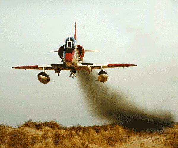SINGAPORE TA-4 Super Skyhawk (N128TA) - 525kt SMOKEN LOW