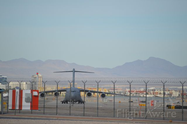 Boeing Globemaster III — - The Limo Carrier taxing in with the Presidential