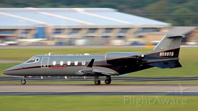 Learjet 60 (N599TC)