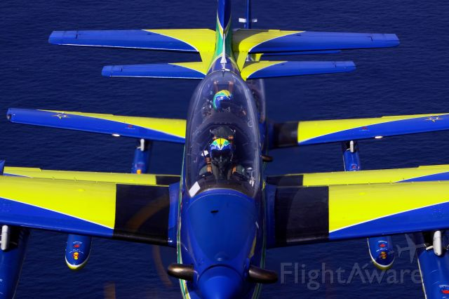 T27 — - Brasilian Smoke Squadron over Bahamas