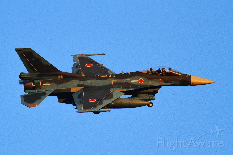 Mitsubishi F-2 (13-8562)