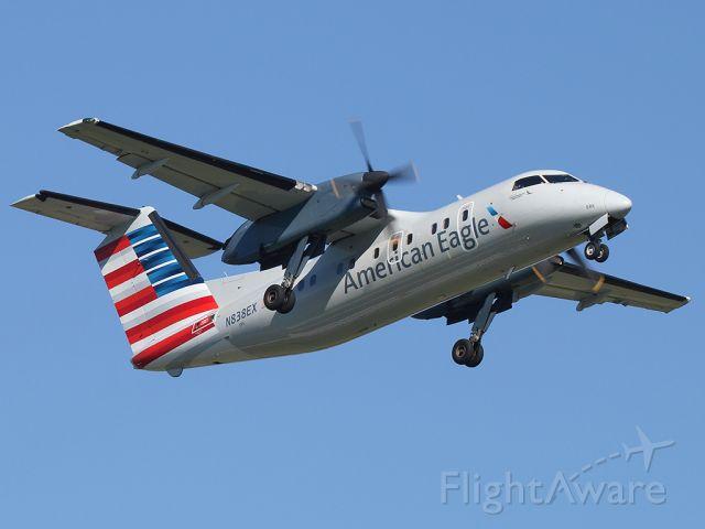 de Havilland Dash 8-100 (N838EX)