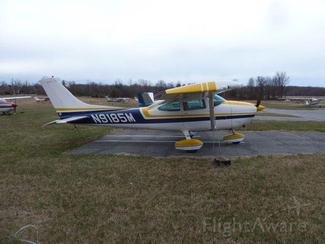 Cessna Skylane (N9185M) - Godard Aircraft Club